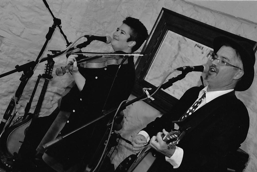 Andrew and Jules - Fiddle, Violin, Banjo, Mandolin, Guitar Teachers